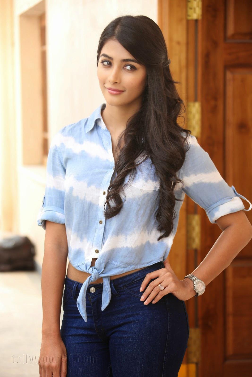 Pooja hegde gorgeous photo shoot-HQ-Photo-13