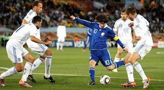 Aguero Senang Messi Jadi Kapten Argentina
