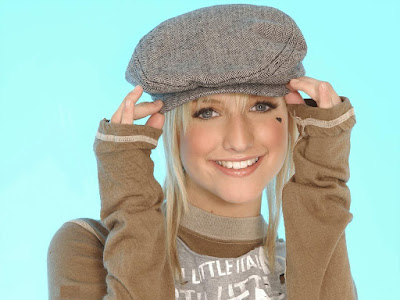 American Songwriter Ashlee Simpson New Phot shoot Images
