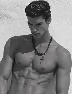 Sexy ve Çıplak Erkek Resimleri
