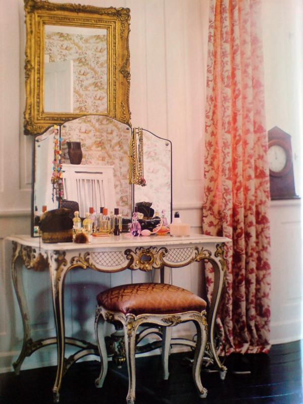 Toilettebord sminkbord 1700-tal