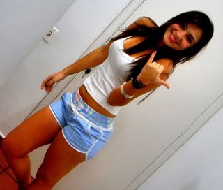 Fotos da namorada do Neymar - Fernanda Barroso 3