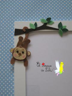 marco-para-fotos-decorado-con-fieltro-regalo-profe-guardería-personalizado-fieltro-hecho-a-mano