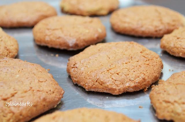 Bolachas com Aveia e Manteiga de Amendoim sem Farinha de Trigo