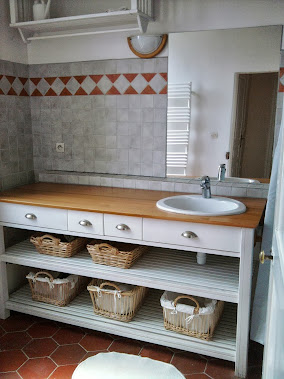 Une autre salle de bain :