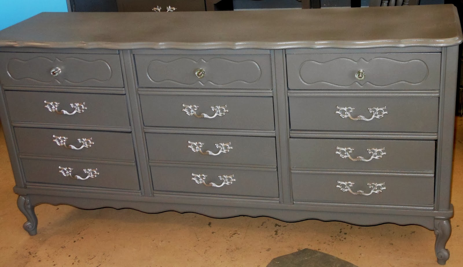 Red Rock Rose: Shade of GREY Bedroom Set