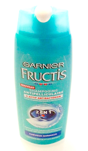 mast mon avis sur tout shampooing antipelliculaire 2en1 fructis de garnier halte aux. Black Bedroom Furniture Sets. Home Design Ideas