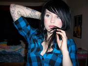 Raven Tattoo Images (hot girls with tattoos )
