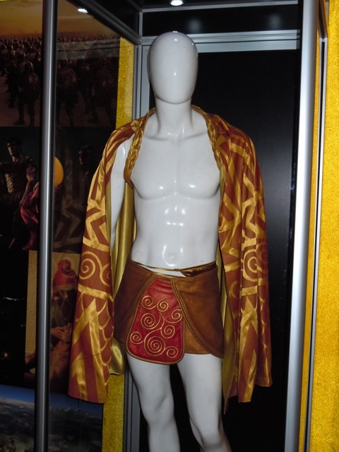 Zeus film costume Immortals