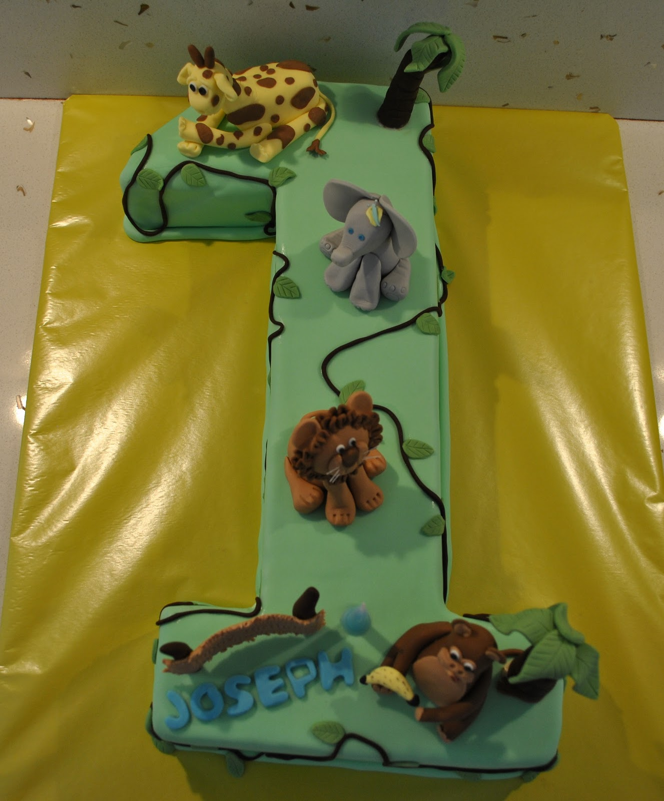 Taylor Made Baking Jungle Themed 1st Birthday Cake