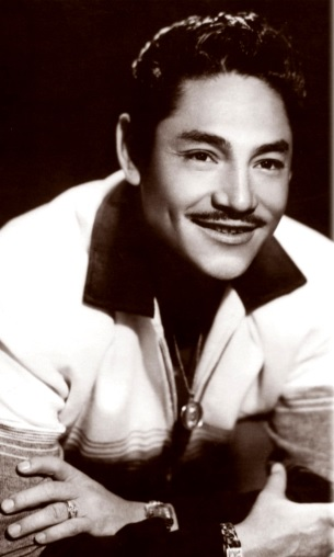 Javier Solis mas joven