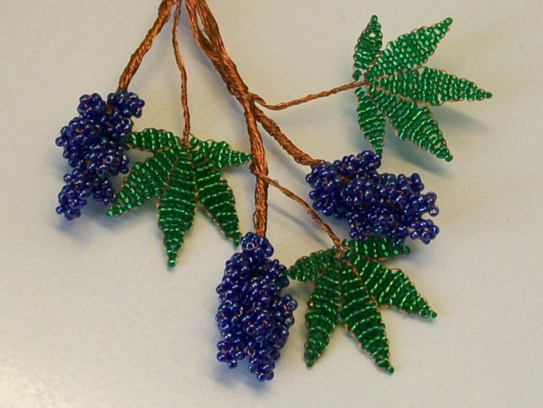 Плетение бисером для начинающих цветы схема