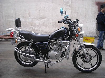 Nova GN 150 Suzuki