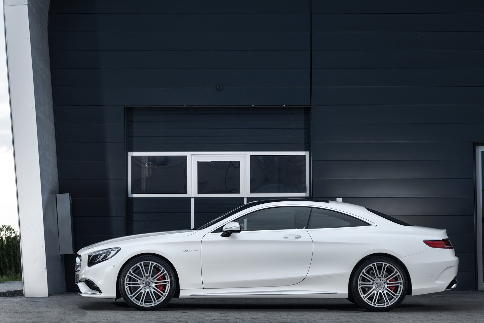 http://1.bp.blogspot.com/-EUzZ2JtZhRo/VGpDhhnqtiI/AAAAAAAAZio/WGr91K4CTsM/s1600/IMSA-Mercedes-S63-AMG-Coupe2.jpg