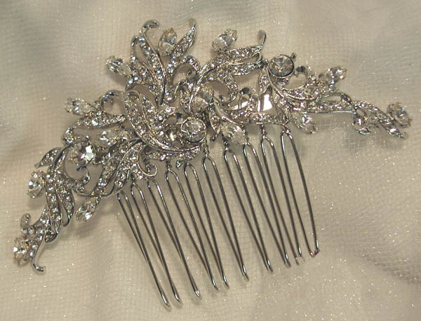 Bridal hair combs |ASheClub.blogspot.com