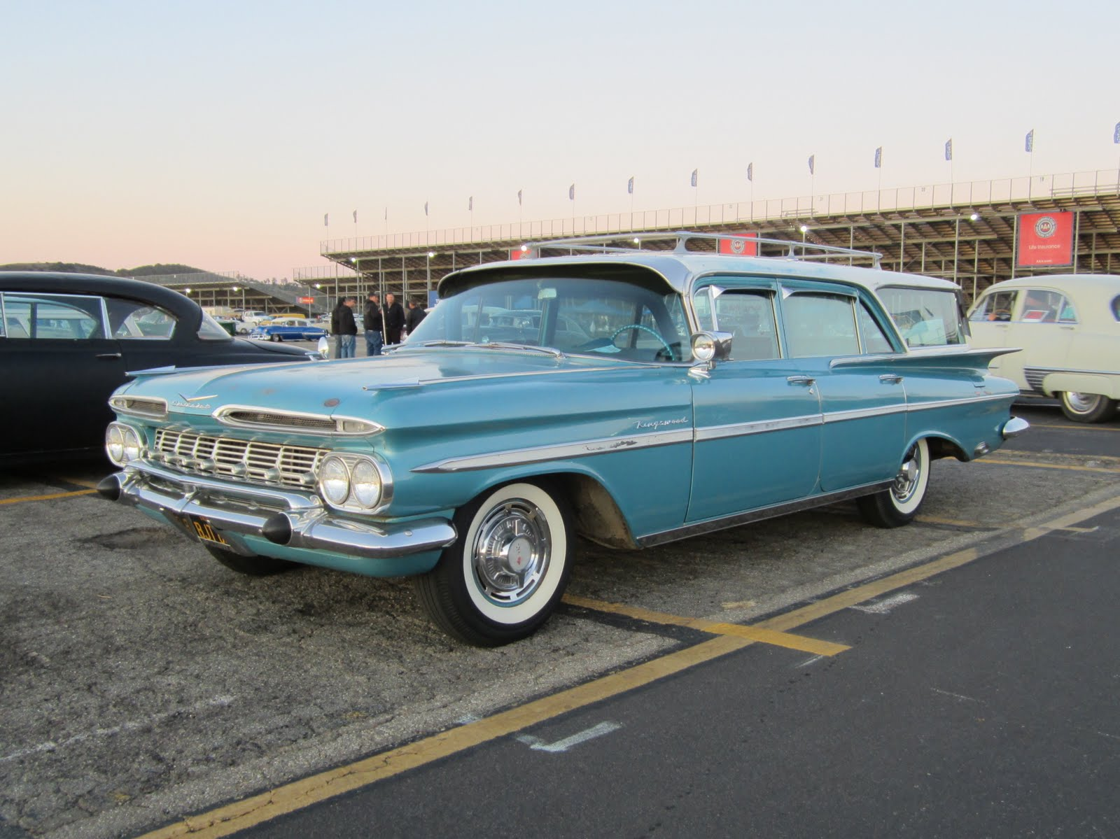 Covering Classic Cars : Pomona Swap Meet and Motor 4 Toys Car Show