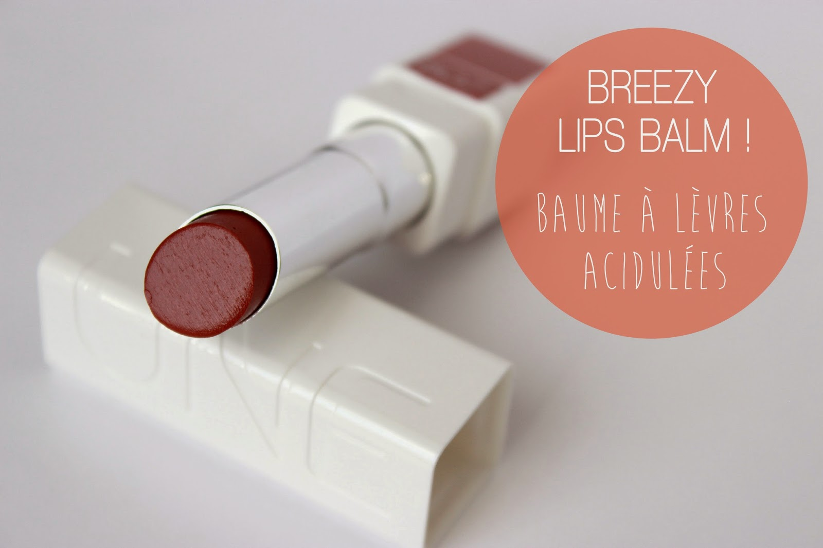 UNE BEAUTY Breezy Lips Balm