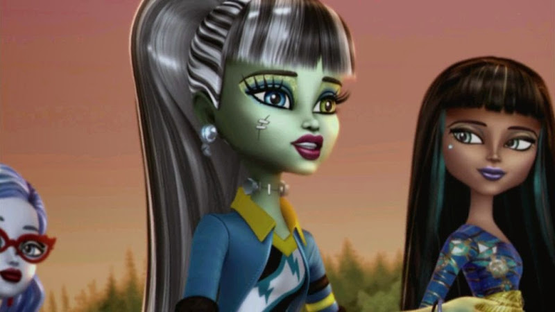 Screen Shot Of Hollywood Movie Monster High (2014) In Hindi English Full Movie Free Download And Watch Online at worldfree4u.com