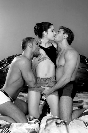 Female threesome fantasies