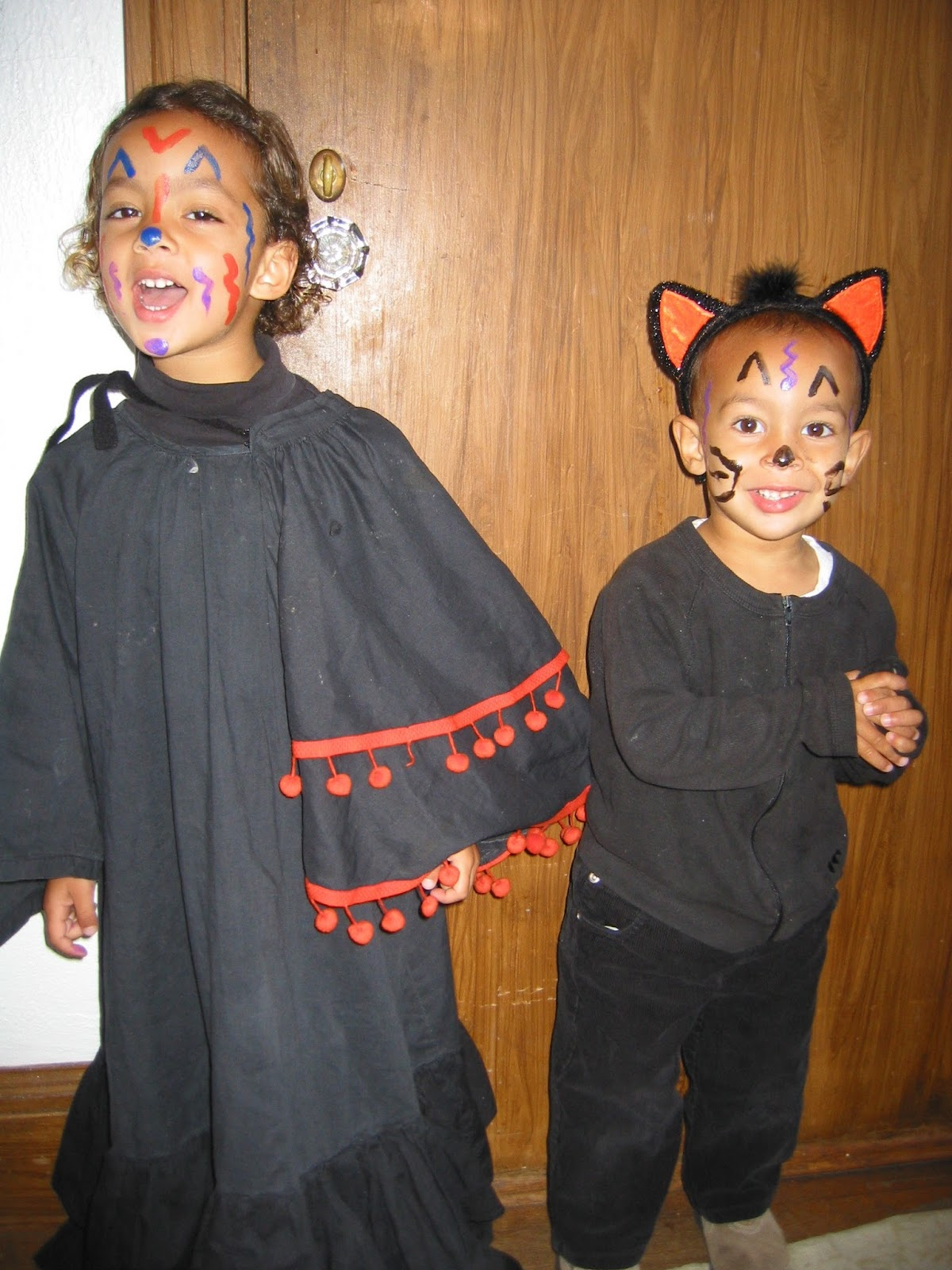 Every year Iu0027ve made the kids costumes for Halloween - well except for their first Halloween when they were both Crew members on Star Trek.  sc 1 st  A Sojourning Life & A Sojourning Life: Making Halloween Costumes