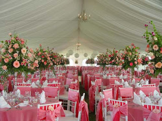 Royal wedding accessories classic spring wedding ideas for Wedding reception ideas for spring
