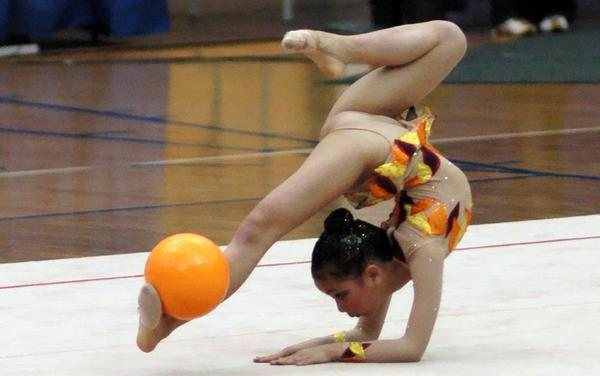 teen nude gymnastic competion