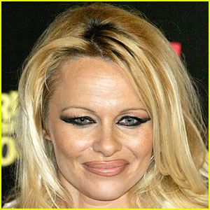 Pamela Anderson at 45 years of age without make up