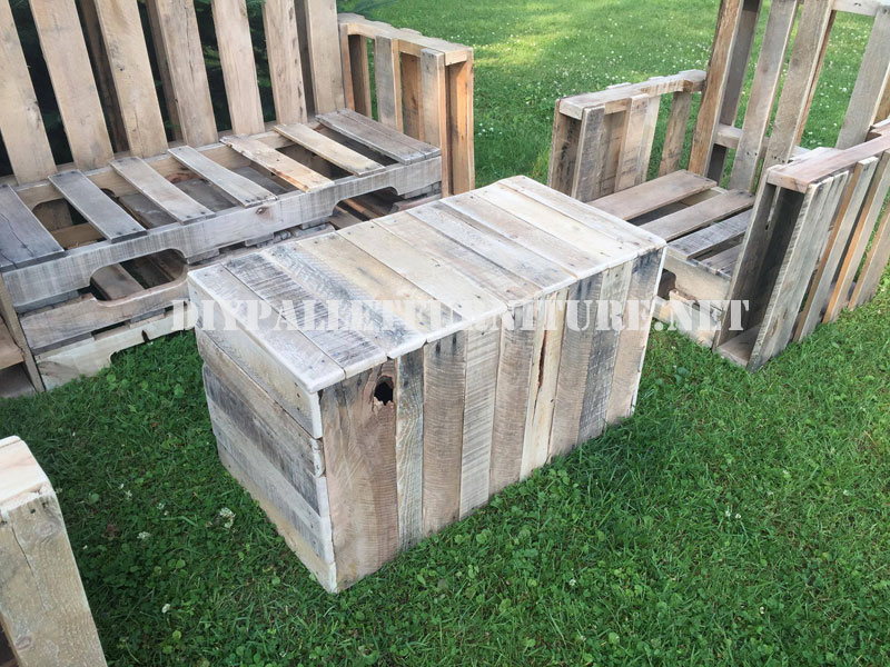 Muebles de palets para el jardin for Mesas de palets para jardin