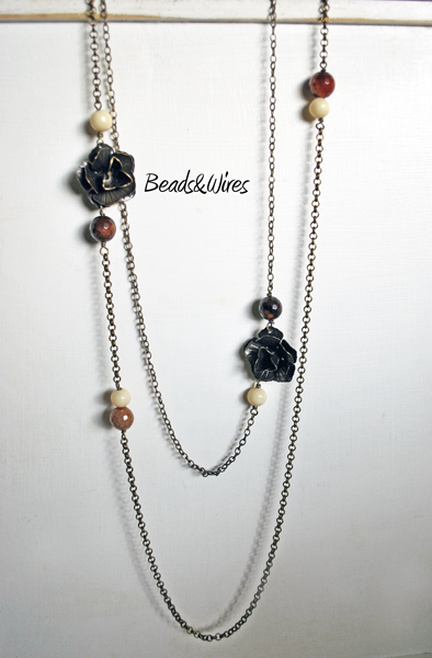 necklace roses