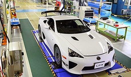 Lexus Tengah Persiapkan Pesaing Ferrari