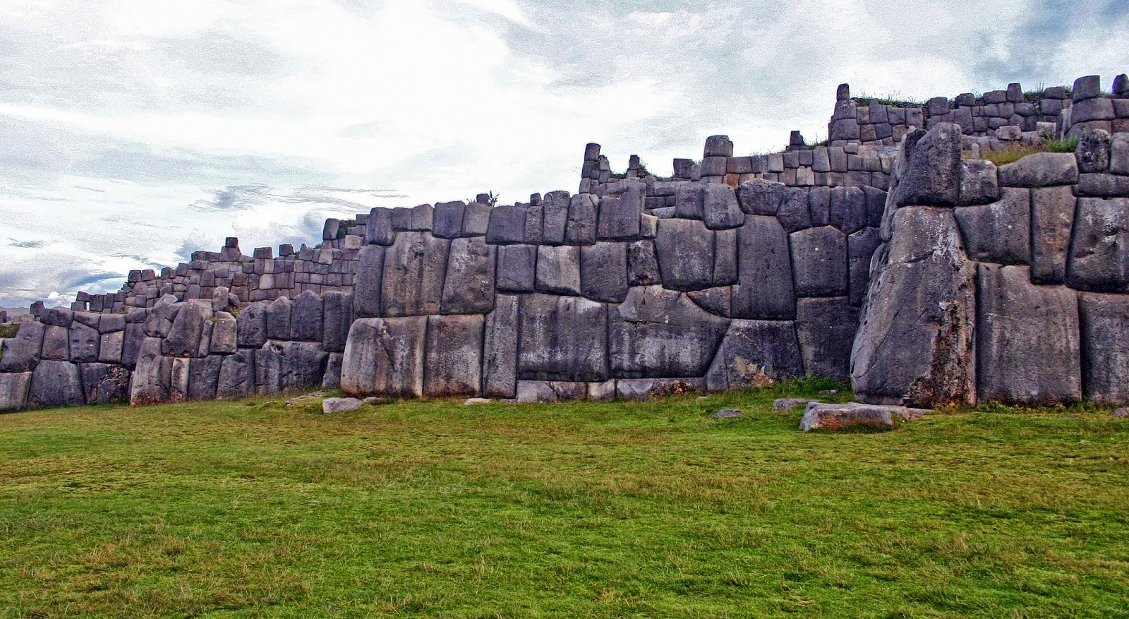 High Technology in Stone Age Peru