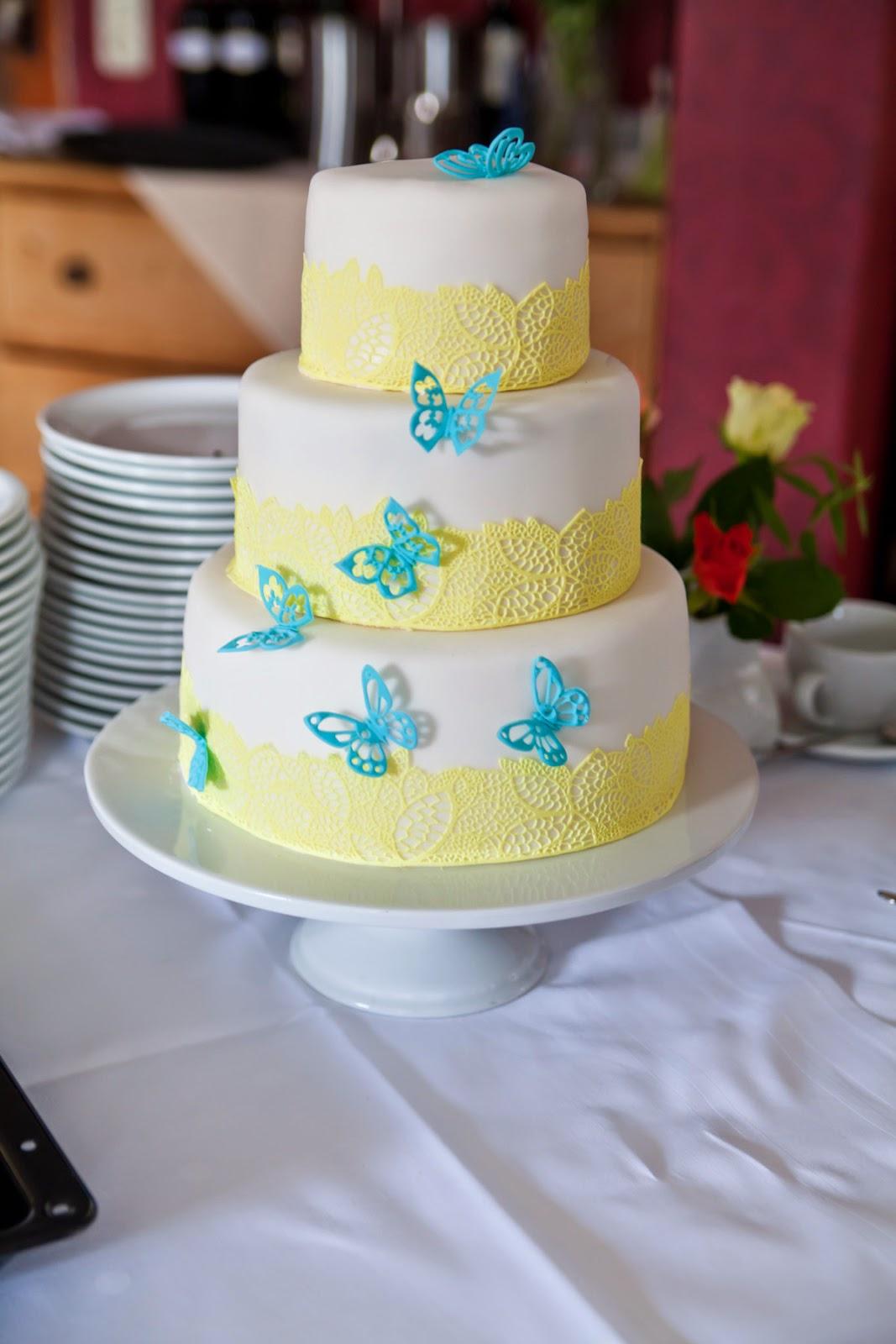Eine 3stöckige Torte Zum 60 Geburtstag Meiner Mama