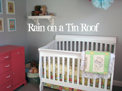 Vintage Themed Nursery {rainonatinroof.com} #vintage #nursery