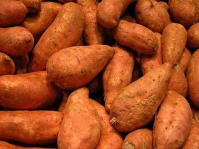 To skin sweet potatoes quickly