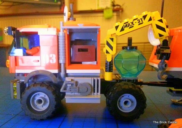 LEGO City Arctic Outpost 60035 review the opening storage on the truck cab with a toolbox