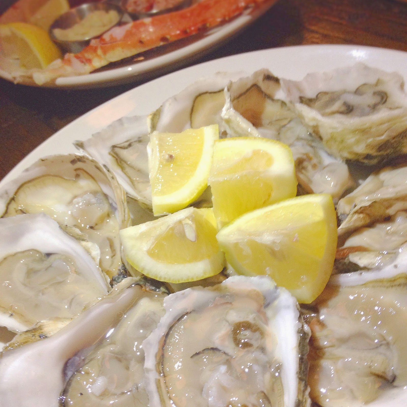 Seafood Happy Hour at Hubbard Inn