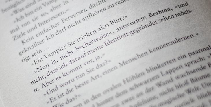 """Vampire in der Literatur sind (leider?) keine Seltenheit mehr. Abfotografiert aus """"Das fünfte Imperium"""" von Viktor Pelewin // fieberherz.de"""