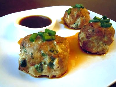 ... Savvy Kitchen: Asian Turkey Meatballs With Lime Sesame Dipping Sauce