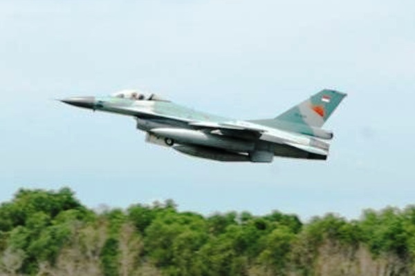 F-16 Fighting Falcon TNI-AU. PROKIMAL ONLINE Kotabumi Lampung Utara