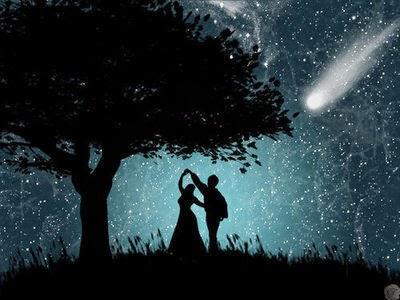 احلام عاشق بلقاء حبيبته تحت  ضوء القمر