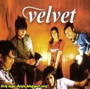 Lirik Lagu Velvet - Arti Mimpi Semalam