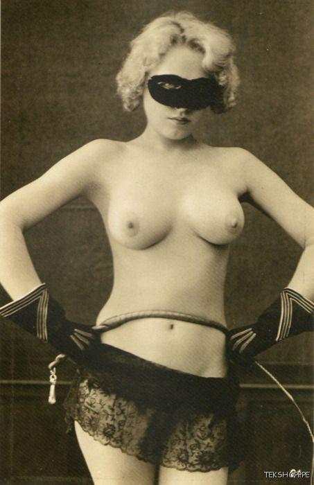 Sexy blonde nice boobs
