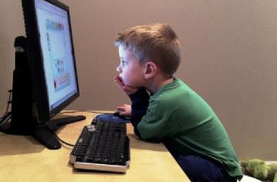 Bahaya Main Media Sosial Bagi Kesehatan Mental Anak