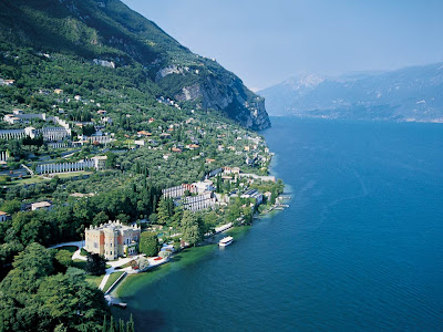 luxury holiday in lake garda villa feltrinelli