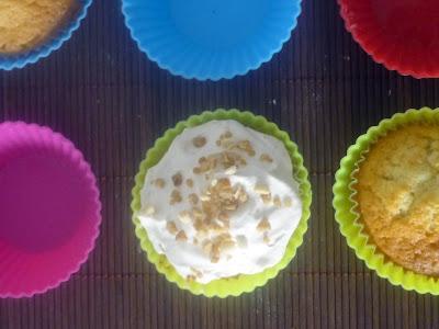 Cupcakes de jengibre con topping de caramelo