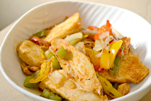 quick and easy chicken fajitas with Tyson #MealsTogether #cbias