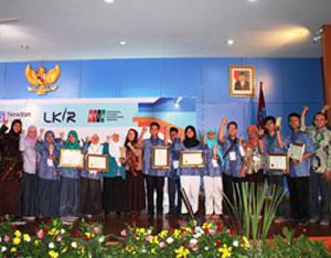 Siswa Madrasah Juara LKIR LIPI Bidang Pengetahuan Sosial & Kemanusiaan
