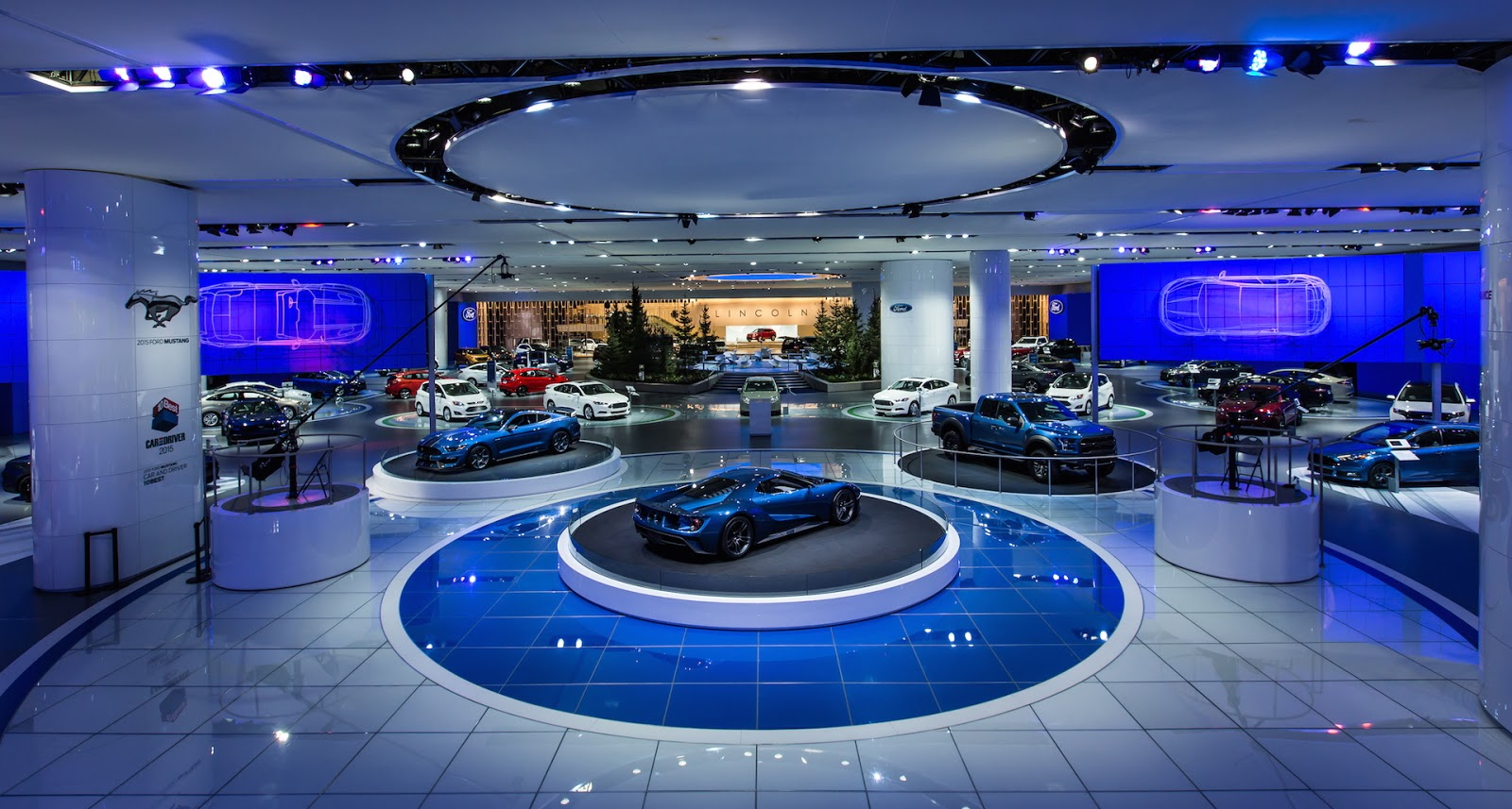 Auto manufacturers show booths enhanced by harmans martin aarhus denmark the cities of detroit geneva and frankfurt have something in common each plays host to three of the worlds biggest and most prominent arubaitofo Images