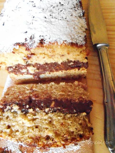 Dolci golosità: Cake alla Coca Cola farcito con crema al cioccolato