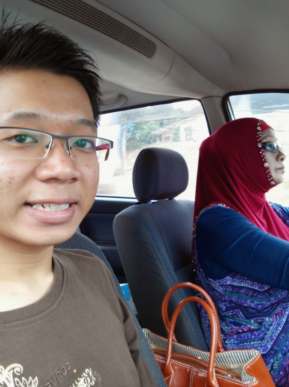 Jalan jalan dengan mak